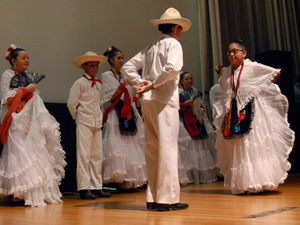 Latinos: Searching for the Good Life in Nebraska