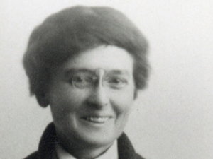 Louise Pound, Nebraska Athlete and Scholar: Biography or Living History